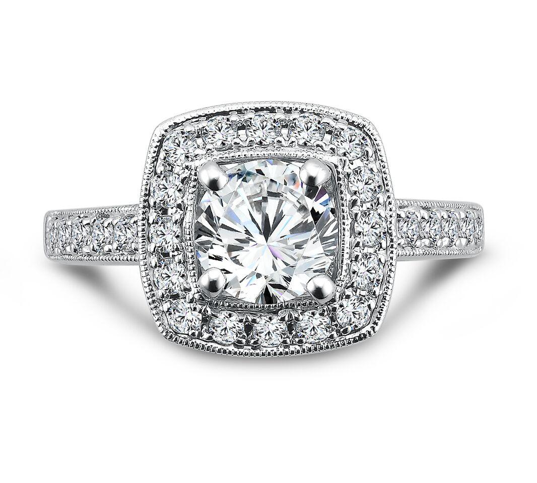 Custom Round Halo Diamond Rings 3