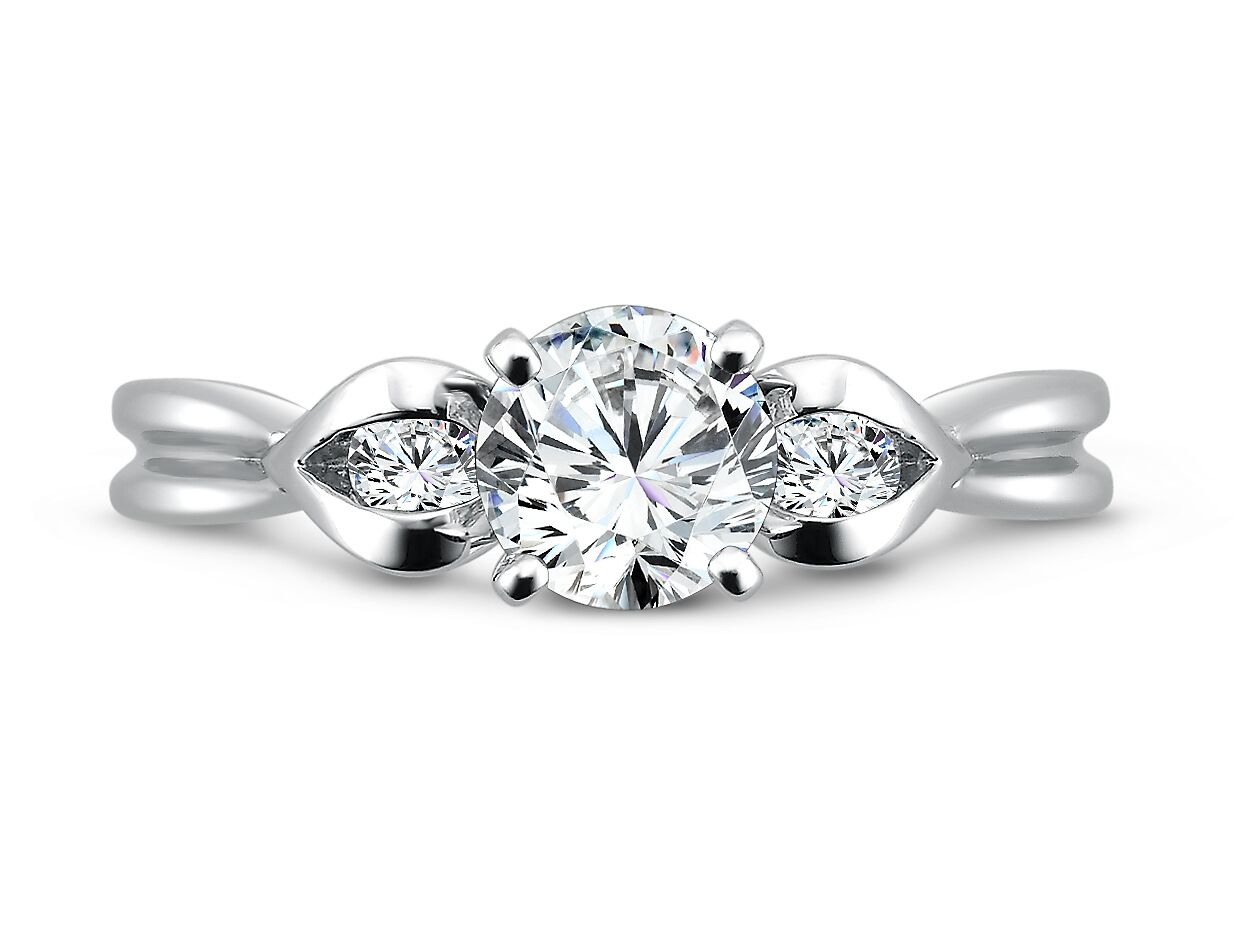Custom Three Stone Diamond Rings Dallas 3
