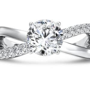 Custom_Diamond_Ring_Round_Diamond_Ring