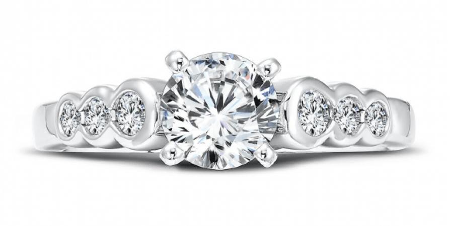Custom_Round_Diamond_Ring_3