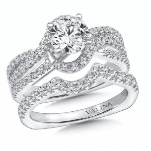 Custom_Round_Diamond_Ring_Dallas_1