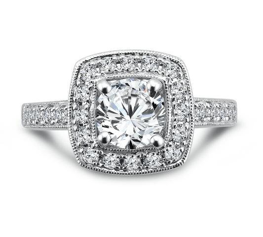Custom_Round_Halo_Diamond_Rings_3_rycf-c5