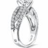 Round_Diamond_Diamond_Ring