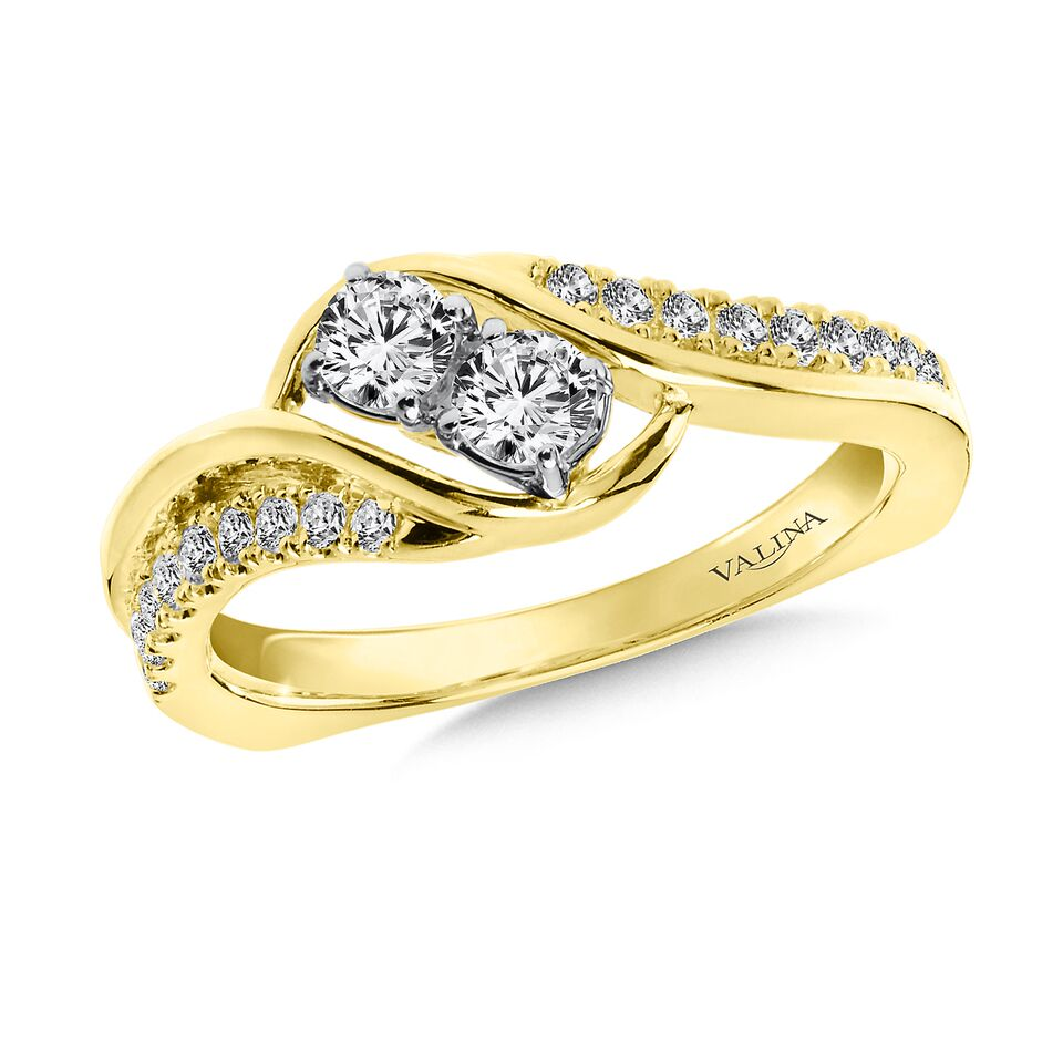 Yellow gold diamond wedding bands in Dallas texas - Wholesale Diamonds - Custom diamond rings in Dallas Texas 4