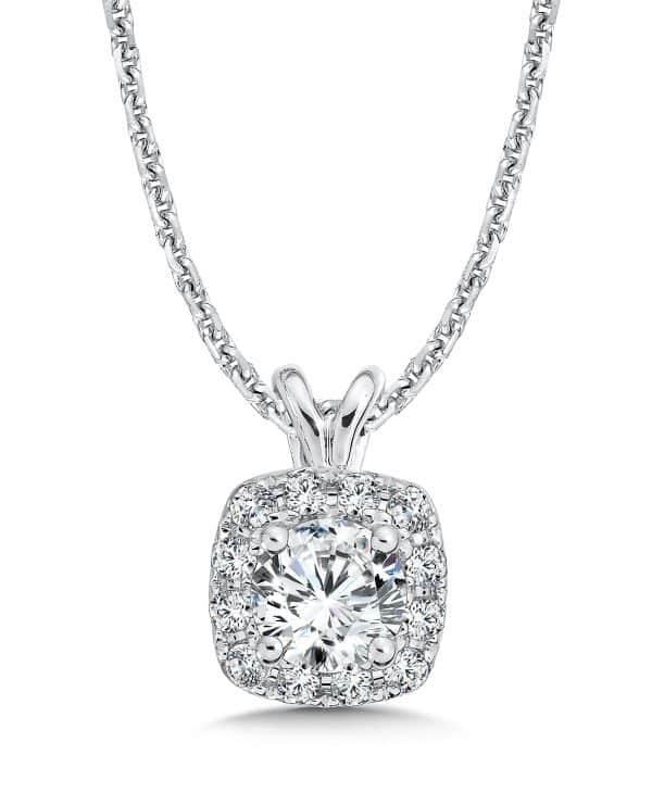 custom_halo_diamond_necklace_dallas